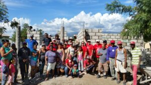 IREM Region 3-Cambiando Vidas Build- Group Photo-11-19-14.a76ef047d8d24c03823acdf41c4ee7c8