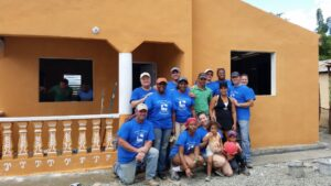IREM Region 3-Cambiando Vidas Build-Group Photo (3)-11-12-14.a76ef047d8d24c03823acdf41c4ee7c8